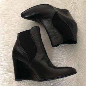 💥FINAL MARKDOWN💥 Stuart Weitzman Ankle Boots